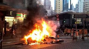 香港男子參與旺角暴亂被判刑
