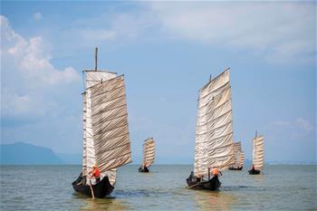 雲南滇池:開湖季 捕魚忙