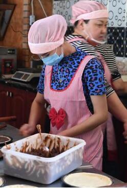南疆貧困夫婦用烘焙開啟甜蜜新生活
