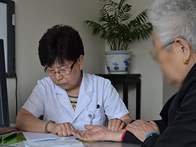 楊文英:全身施治 科學防治糖尿病