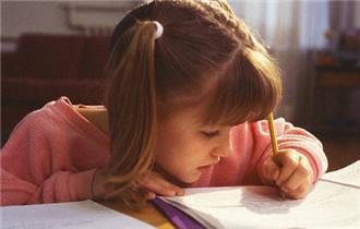 超八成学生单次连续近距离用眼