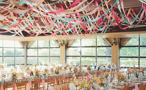20个创意婚礼吊顶装饰灵感 一起get起来吧!