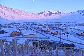 """""""額爾齊斯河第一村""""的冬天"""
