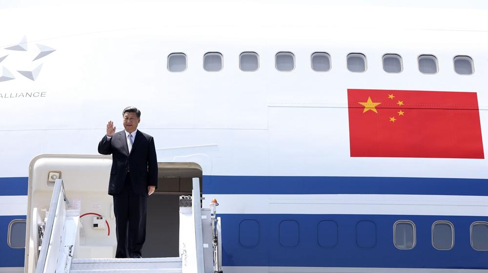 習近平抵達印度果阿出席金磚國家領導人第八次會晤