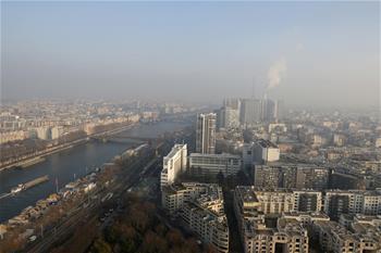 巴黎首度按車輛污染水平限行以應對空氣污染