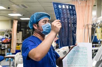 ICU裏的男護士