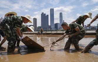 湘江長沙段退出警戒水位