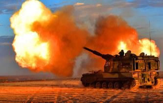 戈壁大漠上演自行火炮分隊對抗,場面霸氣!