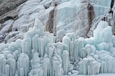 賀蘭山冰瀑
