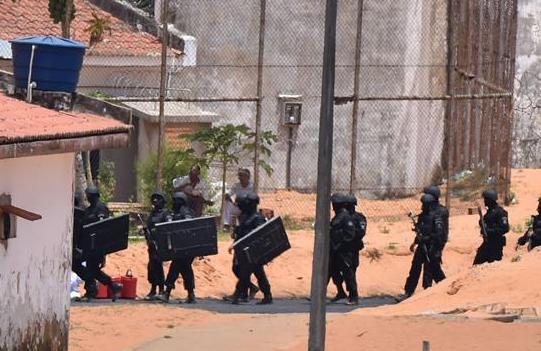 巴西警方平息一監獄暴動 至少10人死亡