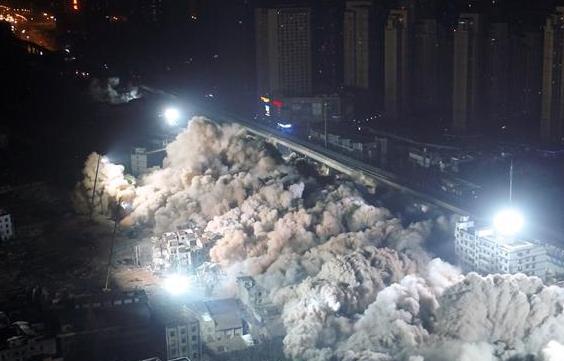 武漢一次性爆破19棟樓