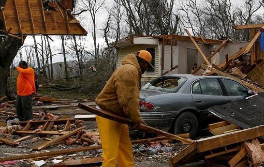 美國得克薩斯州遭遇龍卷風襲擊
