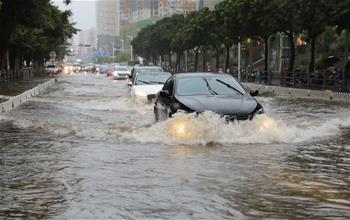 熱帶低壓致海南普降暴雨