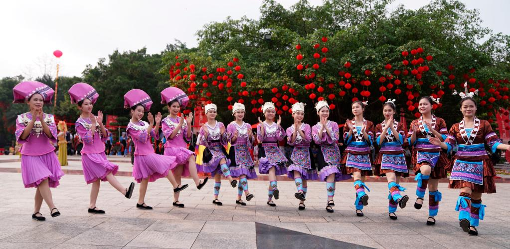 云上邀你来对歌 广西各族群众欢度农历三月三