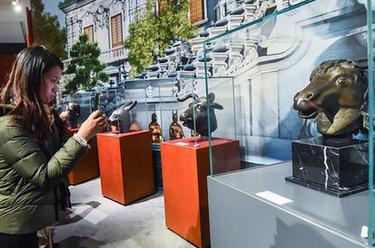 圓明園馬首銅像捐贈儀式在京舉行