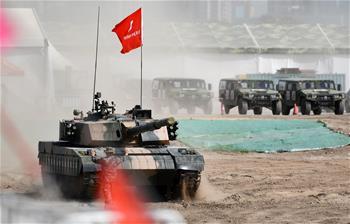 天津:防務車輛裝備展 帶你過足癮