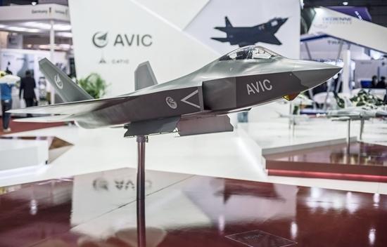 fc-31是由中国航空工业集团公司下属的沈阳飞机工业(集团)有限公司