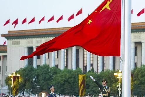 力量,在国旗下汇聚——天安门广场国庆升国旗仪式侧记