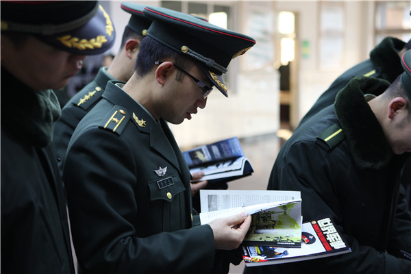 1210018045 15451039154991n - 放军陆军装甲兵侧记世界军事杂志走进解