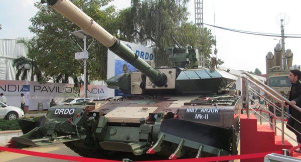 """印68吨升级版""""阿琼""""坦克完成测试"""