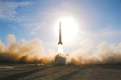 """火箭軍""""神秘勁旅""""把忠誠鐫刻在導彈陣地上"""