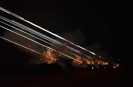 第81集团军某防空旅组织多弹种防空演练