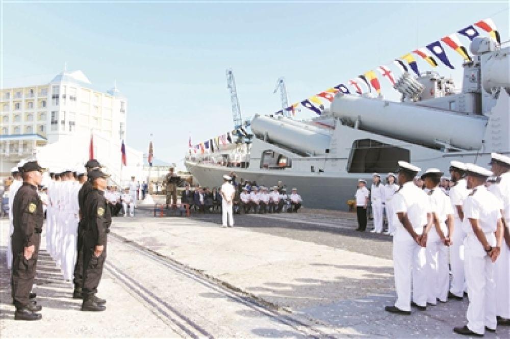 中俄南非三国海上联演正式开幕