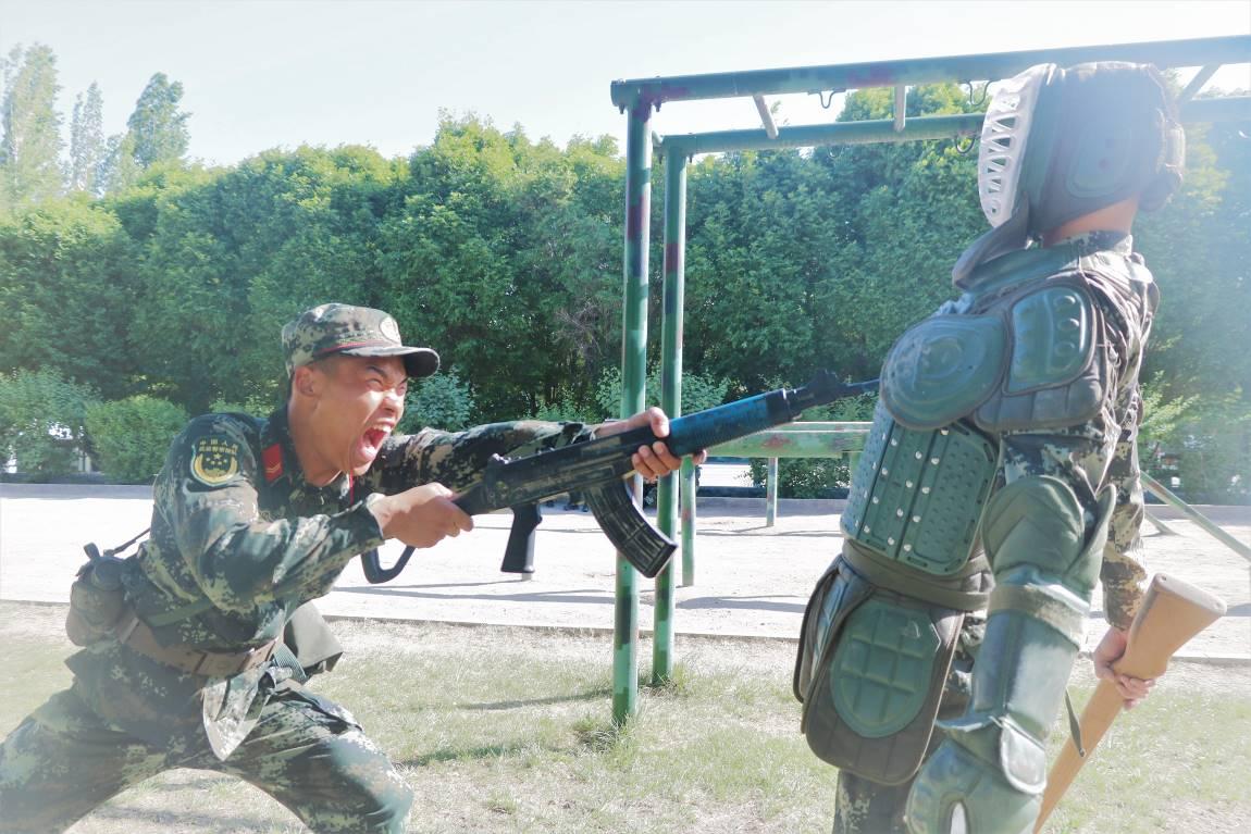 武警兵团总队执勤第五支队组织开展勤训轮换