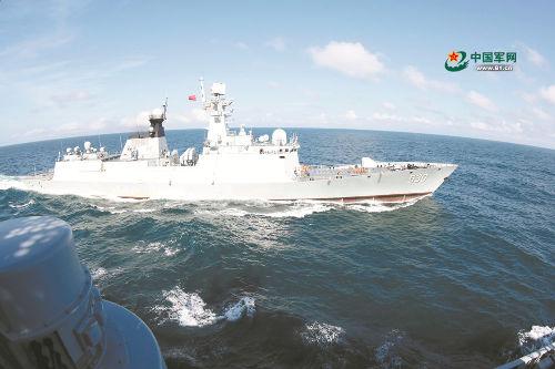 """海军某驱逐舰支队开展实战化演练,军舰离港就进""""战场"""""""