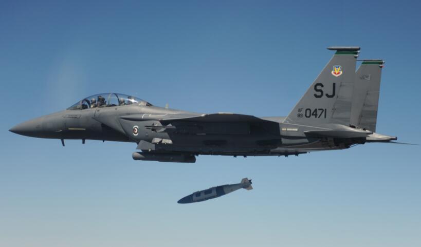 2021年第一天,美军对非洲索马里境内发起两次大规模空袭行动