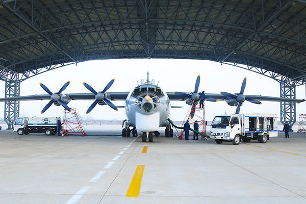 北部戰區海軍航空兵某部新年度開訓首飛
