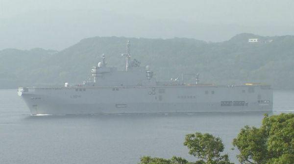 参加军演的法国舰船在日本佐世保港(雅虎日本网站)