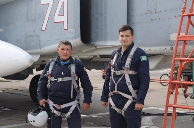 媒體披露蘇-24飛行員被救過程