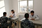 解放軍第463醫院巡診送藥到一線