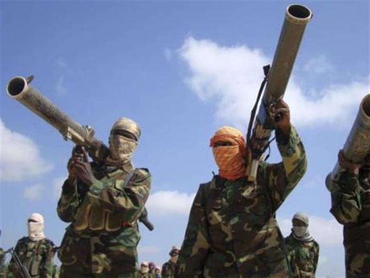 """美军空袭打死62名索马里""""青年党""""武"""