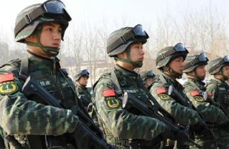 武警部队建立空中力量训练大纲体系