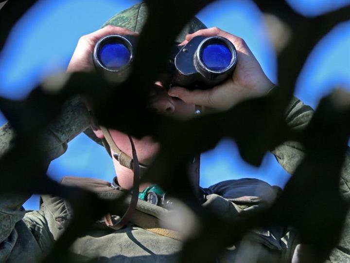俄举行导弹兵炮兵大规模演练 出动超7000兵力