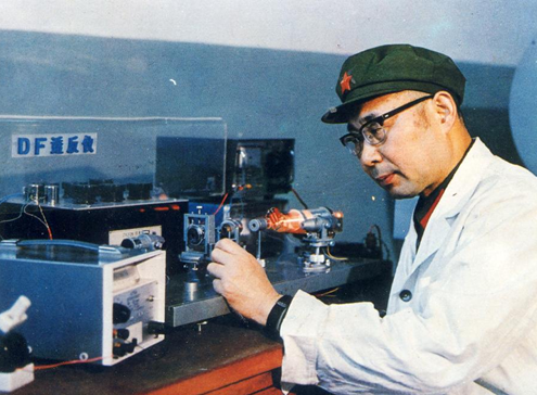 追記中國工程院院士、國防科技大學教授高伯龍