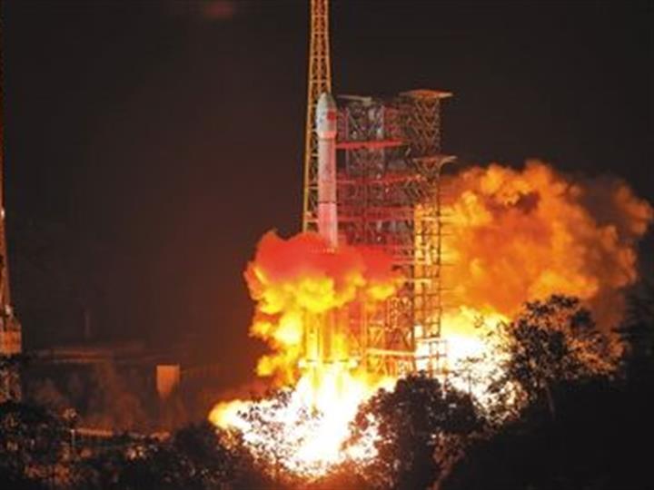 我國成功發射資源一號02D衛星 搭載發射京師一號衛星和金牛座納星