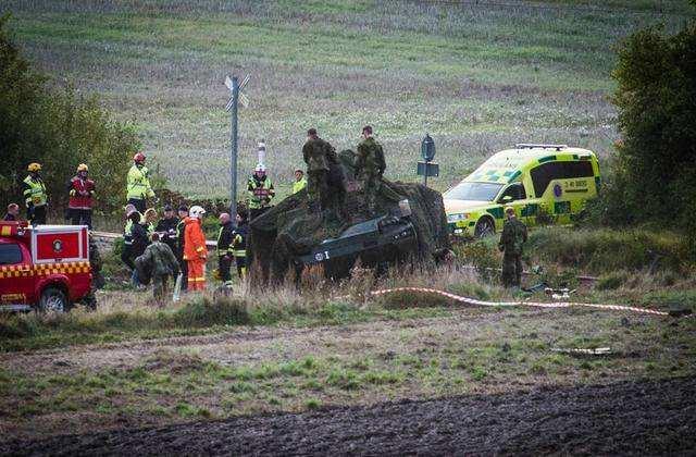 馴鹿闖入芬蘭軍演地致裝甲車追尾