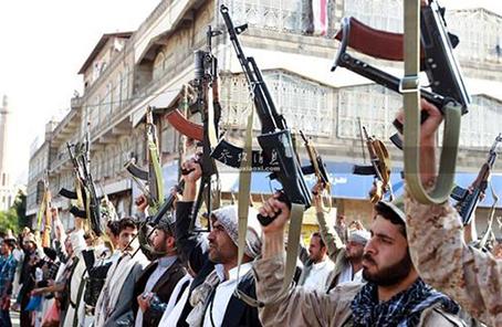 也門胡塞武裝説擊落一架多國聯軍戰機