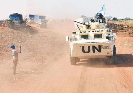 我第6批赴南蘇丹維和步兵營順利完成首次長途武裝護衛任務