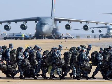 """軍隊抗疫:以人民為中心,貢獻""""中國力量"""""""