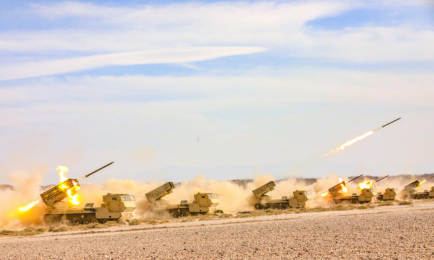 火力全開!第76集團軍某合成旅組織全要素實兵演練