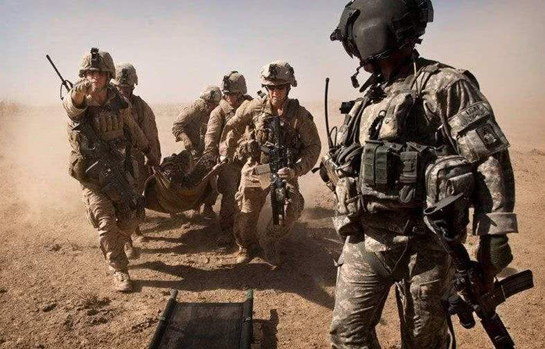 """阿富汗:擊斃""""基地""""組織高級頭目"""
