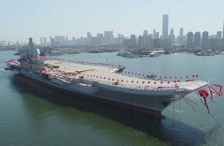 我國第二艘航空母艦下水 范長龍出席下水儀式並致辭
