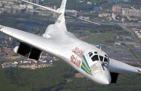 俄國防部將升級全部圖-160戰略轟炸機