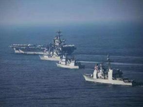 """日本兩架戰機與""""卡爾·文森""""號舉行聯合訓練"""