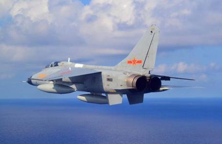 """""""飛豹""""戰機:衝天一飛衛和平"""