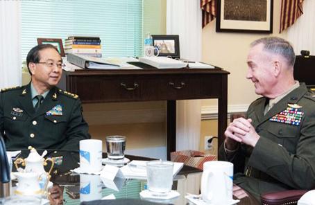房峰輝會見美軍參聯會主席鄧福德